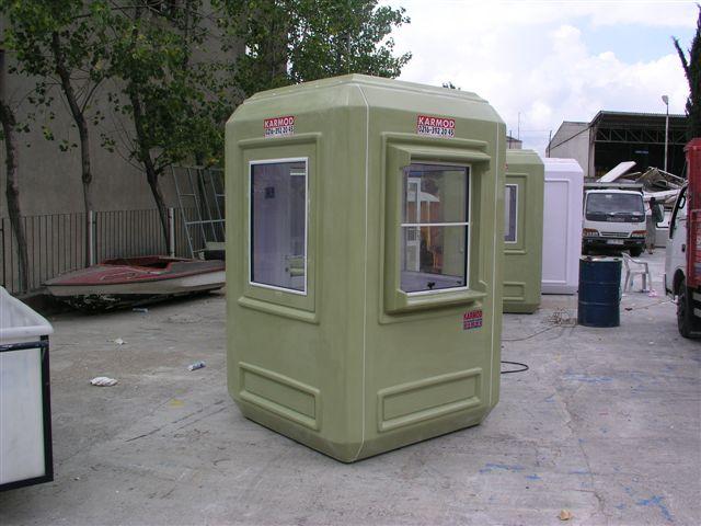kiosque-militaire