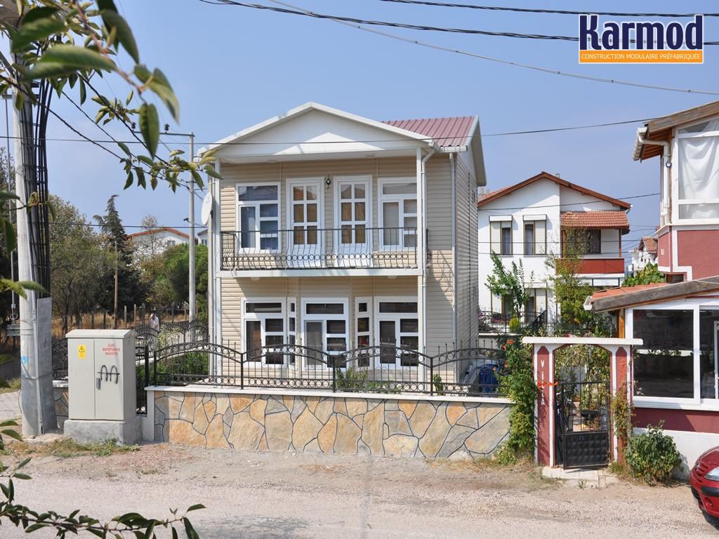Logement pr fabriqu r sidence logement conteneur karmod for Logement prefabrique