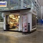 magasin en bois préfabriqué